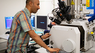 Prasath Babu and electron / ion microscope
